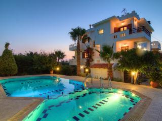 Villa Elena - Family-friendly, Private Villa with Swimming Pool near Rethymno