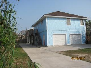 Beach close Sleeps 10, Pet Friendly No Size Limit, Port Aransas