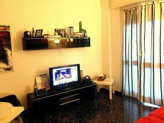 Smart Fully furnished Flat//Great to Cruise/Ferry, Savona