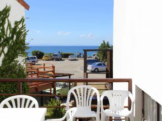 Bungalow - Whale Apartment close to beach and surf, Jeffreys Bay