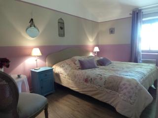 my boudoir between Saint Rémy de Provence and Arles at the foot of les Baux de Provence, Paradou