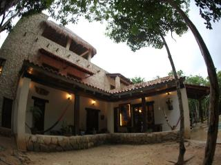 Villa Balam-Ha