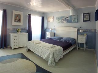 Belle chambre d'hôte au cœur d'un vieux village typique de Haute-Corse