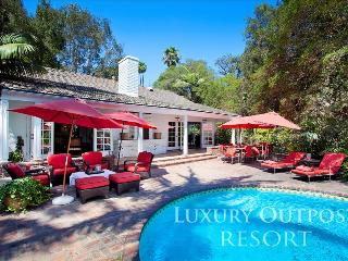 Luxury Outpost Resort, Los Angeles