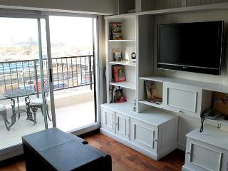 Beautiful one bedroom apartment in Recoleta - Libertador and Montevideo st (105RE), Buenos Aires
