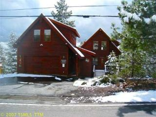 Luxury Tahoe Donner Ski Cabin -Sleeps 12/Free WiFi