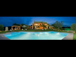 Vip Villa Privilege with Tennis Court and Heated Pool