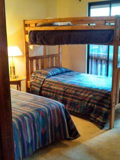Second Bedroom sleeps 3