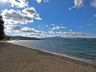 No not hawaii.....Sanders beach