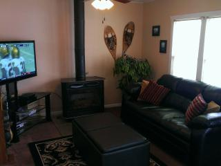 Cozy Haven Condo,  2 Bedroom, On Park Ave! Unbelievable location! Perfect for Sundance and Skiing!!, Park City