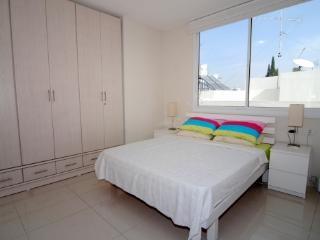 Arba Aratsot - (Old North) Tel Aviv - 3 Bedrooms