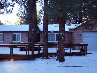 Crestwood Pines, Big Bear Lake