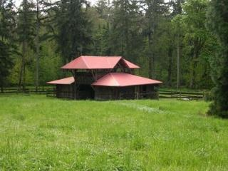 Madrona Meadows Bed and Barn