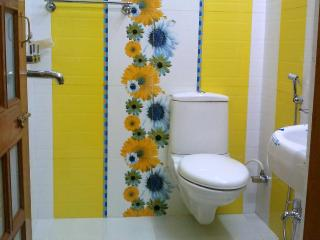 38$ per day for 1 Guest, One BHK Serviced Apartment SA1 for rent in Lucknow, IND