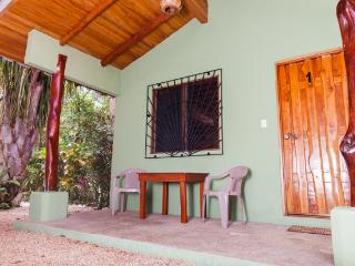 Unidad 1 / Casa Rosada Nosara / Playa Guiones
