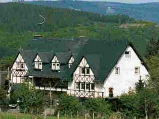 Vacation Apartment in Bestwig - natural, quiet, comfortable (# 4380), Winterburg