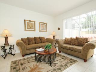 3 Bedroom 3 Bathroom Town Home With Jacuzzi In Kissimmee. 2405SPD