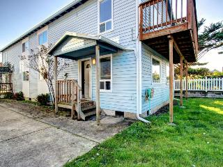 Dog-friendly oceanview home with private hot tub + close to beach & downtown!, Rockaway Beach