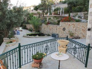 Mikro Lemoni 55m² Stone Villa, 2 terraces, seaview