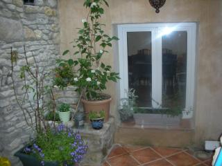 Charming  house for 5 people in the heart of the village in a very quiet  street