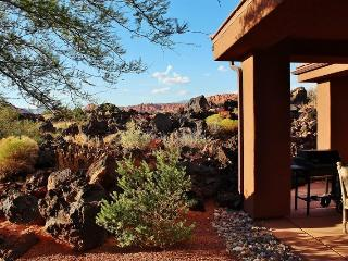 Stunning Views Entrada 2 Bedroom 2 Bath Home, Saint George