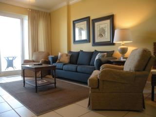 Beautiful Ocean Front Condo! Wifi, Indoor Pool, Gulf Shores