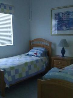 Bedroom 2 has 2 Twin beds