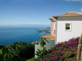 Luxury Two bedroom apartment, Funchal
