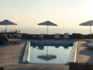Folegandros  ' Lithia ' - Villa Levanda & Pool