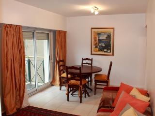 One Bedroom apartment in the heart of Recoleta - Ayacucho and Posadas st (158RE), Buenos Aires