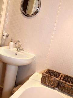 Bathroom With 3 Piece White Suite