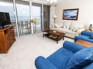 IP 614 - 6th floor BEACH front 2 BR, FREE BEACH SERVICE, Golf, snorkeling, Fort Walton Beach