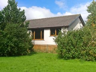 DORREY VIEW COTTAGE, single-storey property, well-equipped kitchen, ample off ro