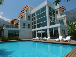 Luxury 6 bedroom villa in Quite Private Location, Antalya