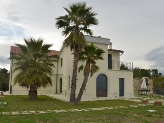 Beautifull Villa Lia with stunning sea view, Cupra Marittima