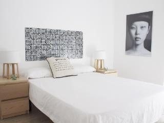 CR163cBarcelona - New! Low Cost Boutique Apartment!