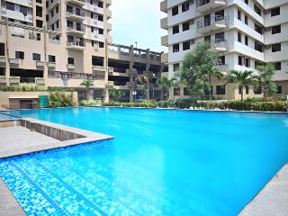 Stylish Studio Furnished Condo Unit For Rent