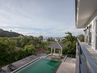 Phuket Seaview Villa; walk to beach