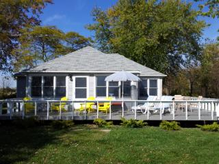 Beautiful Renovated Cottage on the North Shore of Lake Erie..., Wheatley