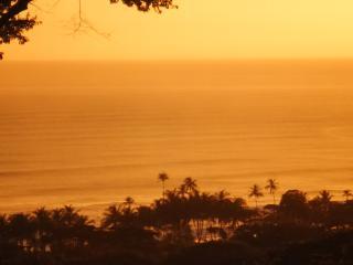Vista Naranja Ocean View House, Mal País