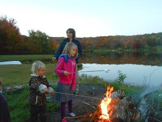 Cozy Campfires Under Starlit Skies, South Kortright
