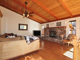 #098 Bear Ranch Retreat, Big Bear Region
