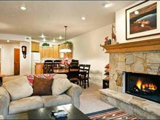 Great Condo for 3 - 4 Couples - Close to Hiking & Biking Trails, Too (25024), Park City