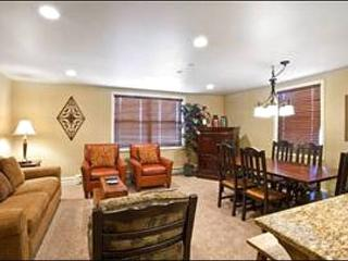 Cozy, Remodeled Condo - Centrally Located in the Base Village (25034), Park City