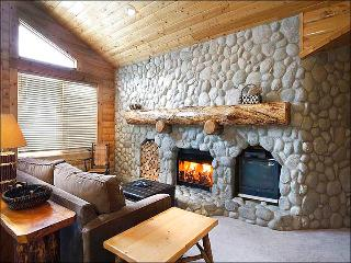 Comfortable Condo with a Mountain Lodge Feel - Great Year-Round Getaway (25326), Park City
