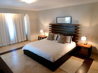 3 Bedroom Condo: OCEAN ACCESS, Cabarete