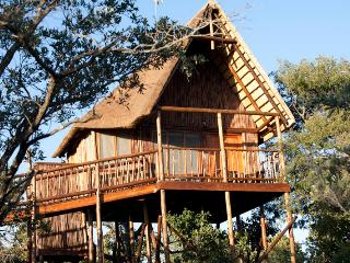 Bona Ntaba Self Catering Tree House Lodge, Hoedspruit
