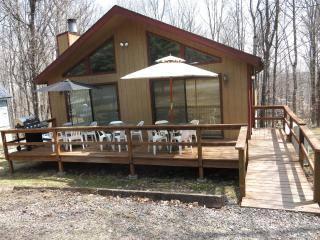 Spring & Summer Specials at The PA Chalet 2: Pocono Lake Region, Lake Ariel