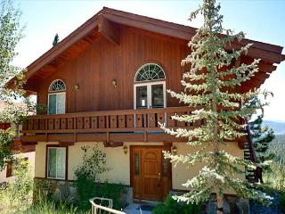 Affordable Panoramic Lake View Home near Beaches, Golfing and Skiing, Incline Village