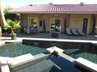 The Ventura, Pristine Pool/Hot Tub, Built In  BBQ, Cathedral City